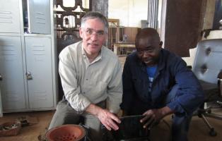 Der doppelwandige Kocher bringt über 35% Energieersparnis