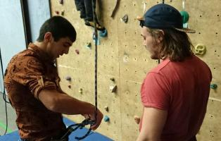 Klettern mit geflüchteten Kindern und Jugendlichen in Dortmund