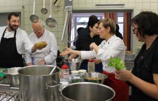 Vegetarisch-veganer Kochkurs im Naturfreundehaus Teutoburg mit Schulungsköchin Marketa Schellenberg vom Vegetarierbund