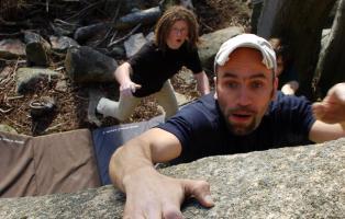 Nervenkitzel beim Bouldern