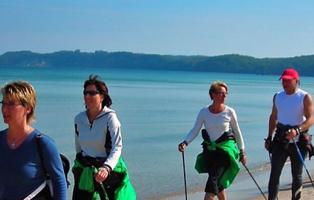 Nordic-Walking-Gruppe der NaturFreunde auf Rügen