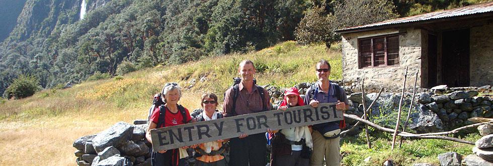 Gruppenbild Auslandsbergfahrt Nepal